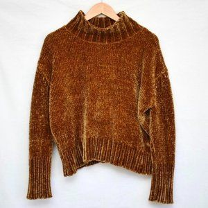 CHELSEA & THEODORE Soft Fuzzy Knit Rust Sweater